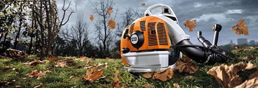 Hledáte šikovného pomocníka pro odklízení spadaného listí?