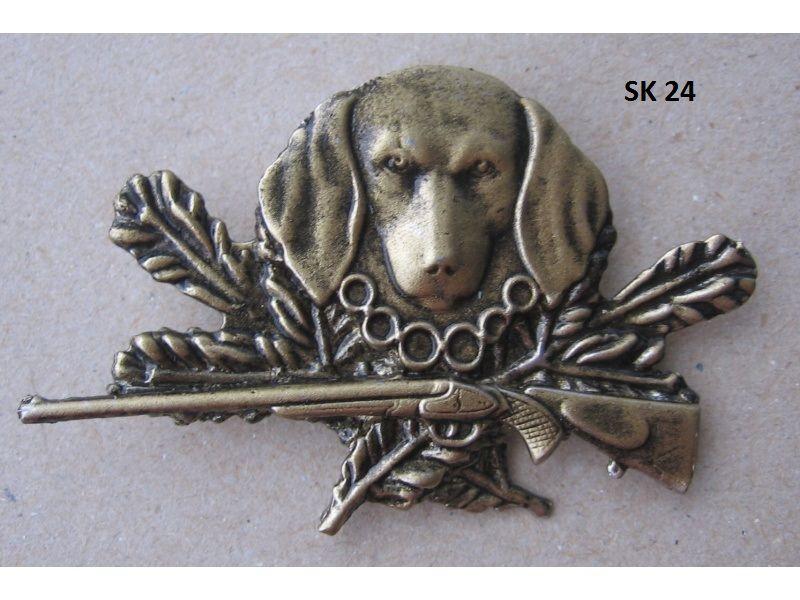 Poľovnícky odznak-hlava psa a zbraň
